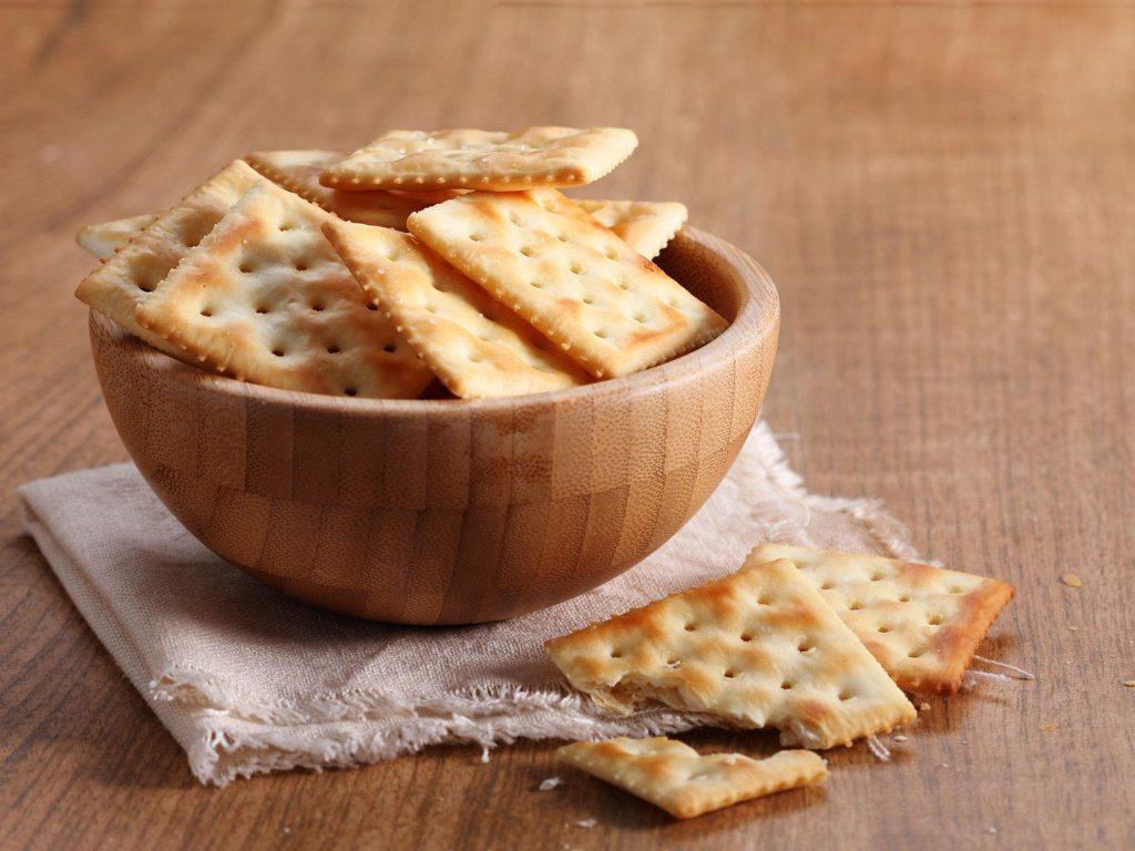 istock cracker carb diet cracker