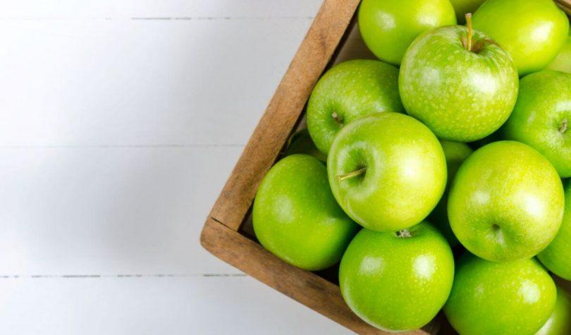 Ara Öğünlerin Vazgeçilmezi Yeşil Elmanın Faydaları